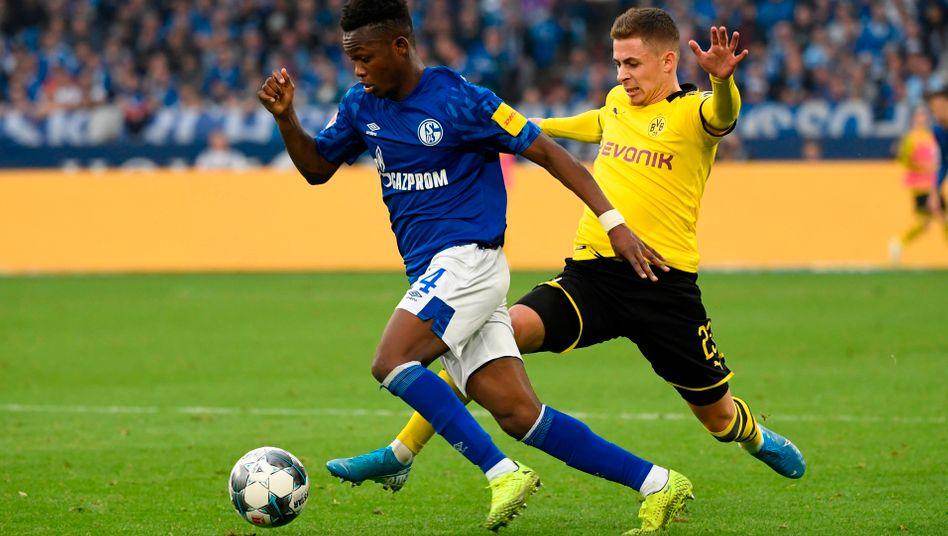 Schalke 04 gegen Borussia Dortmund: Mit diesem Ruhr-Derby nimmt die Fußball-Bundesliga in Deutschland ihren Spielbetrieb wieder auf
