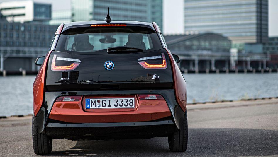 BMW i3: Hoher Preis, niedrige Reichweite