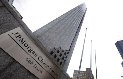 J P Morgan in New York: Das billige Geld der Notenbank hilft