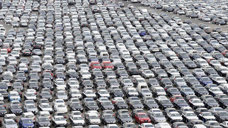 Nachfrageboom bei deutschen Autobauern: BMW, Daimler und Chrysler kommen mit der Produktion kaum hinterher