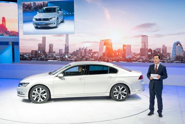 VW Magotan: FAW-Volkswagen-Chef Zhang Pijie präsentierte die China-Neuauflage des Passats mit dem gewöhnungsbedürftigen Namen