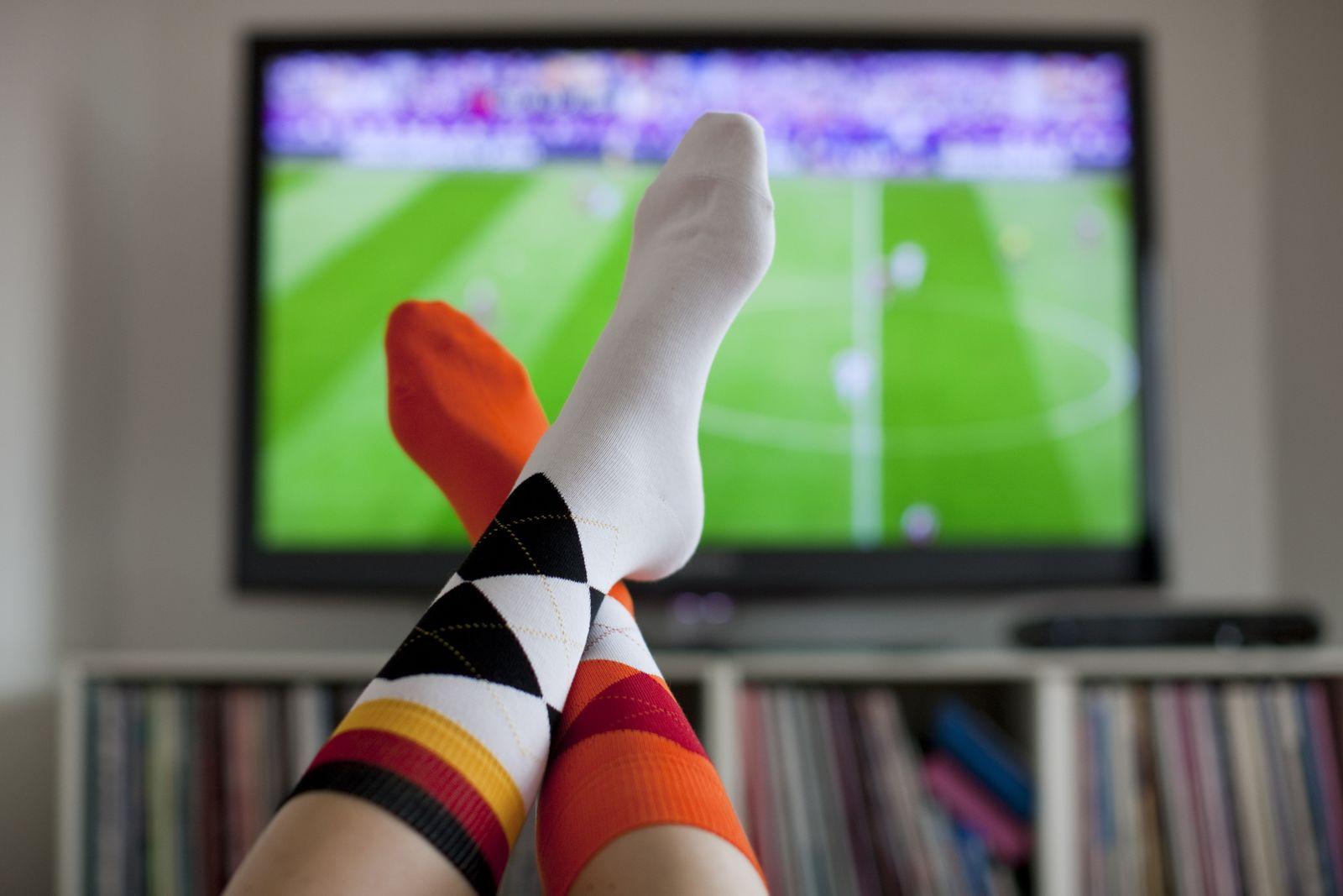 Symbol / Fußball / Fernsehen