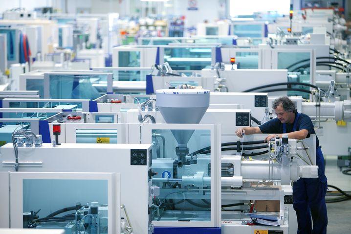 Maschinenbau von Krauss-Maffei: Weit entfernt vom chemischen Kerngeschäft