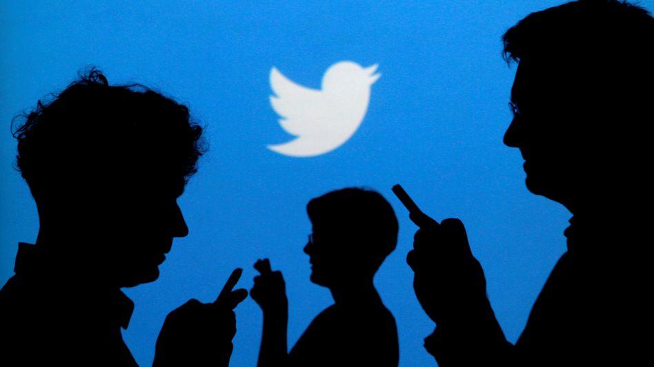 Wer bei Twitter zu Sicherheitszwecken seine Handy-Nummer oder Mail-Adresse hinterlegt hat, bekam mitunter unaufgeforderte personalisierte Werbung. Twitter räumte jetzt ein Fehlverhalten im Umgang mit Nutzerdaten ein
