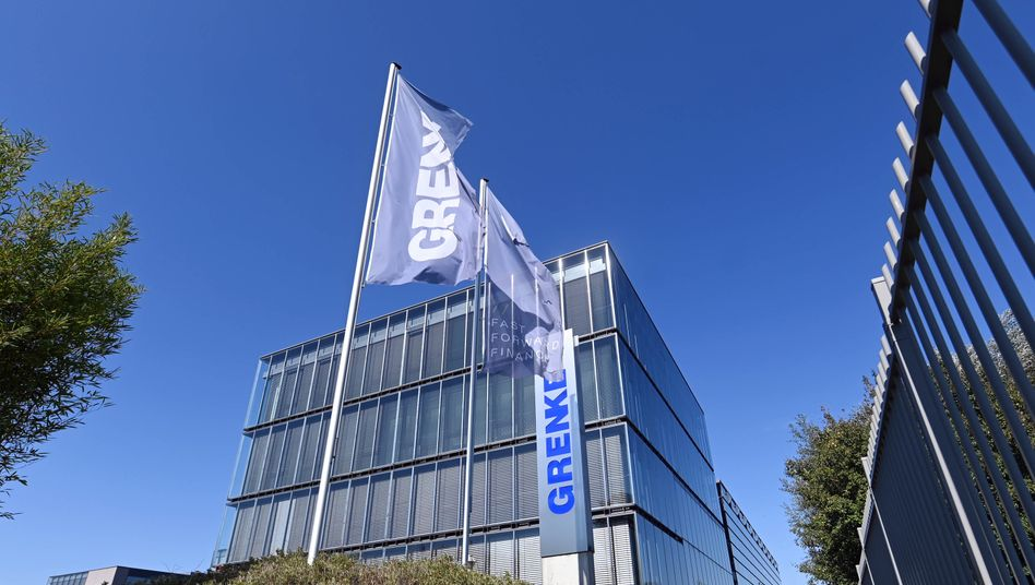 Grenke-Zentrale in Baden-Baden: Durch die Shortattacke von Fraser Perring hat sich der Aktienkurs des Unternehmens halbiert