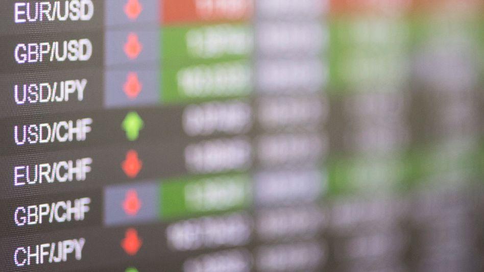 Währungskursanzeige an der Börse in Zürich: Schweizer Anleger sollen vorerst nicht in Spacs investieren können