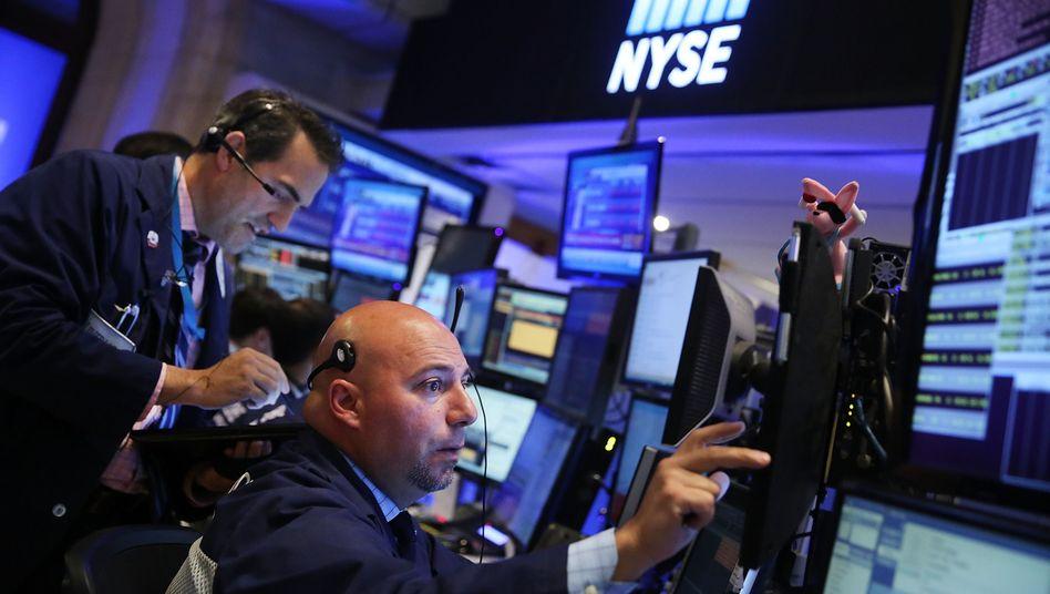 Hektisches Geschäft: Für Hedgefonds lief es an den Finanzmärkten zuletzt eher mau