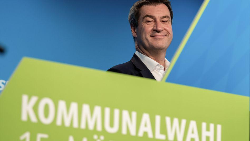 Sie werden es kaum glauben: Bayerns Ministerpräsident Söder im Sommerloch.