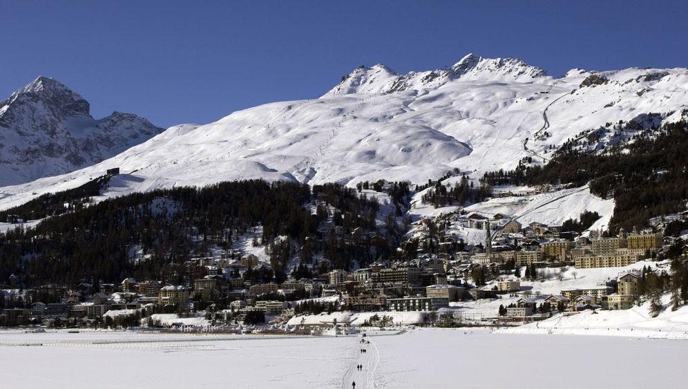 St. Moritz: Champagner für die Reichen und Schönen