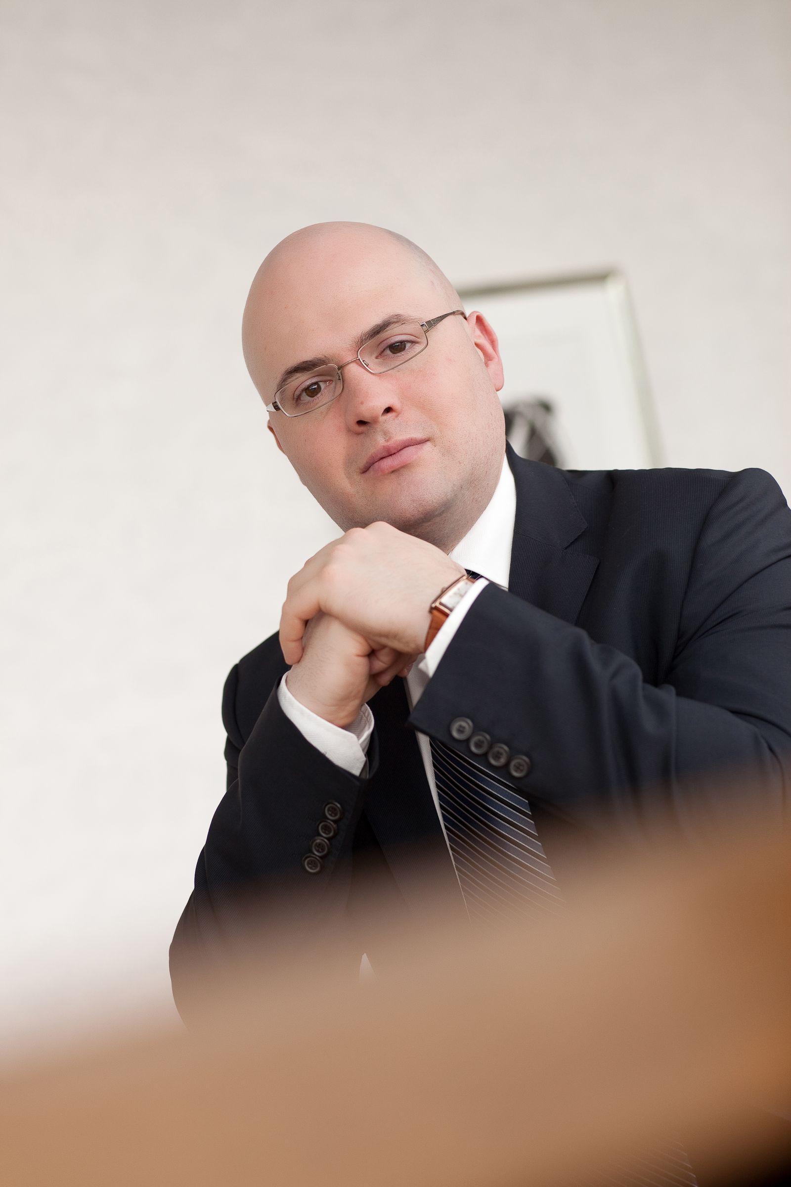 EINMALIGE VERWENDUNG Eugen Weinberg