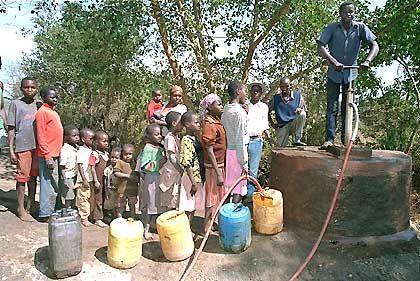 Brunnen in Kenia: Schulden müssen jene schultern, die am wenigsten in der Lage sind, sie zurückzuzahlen