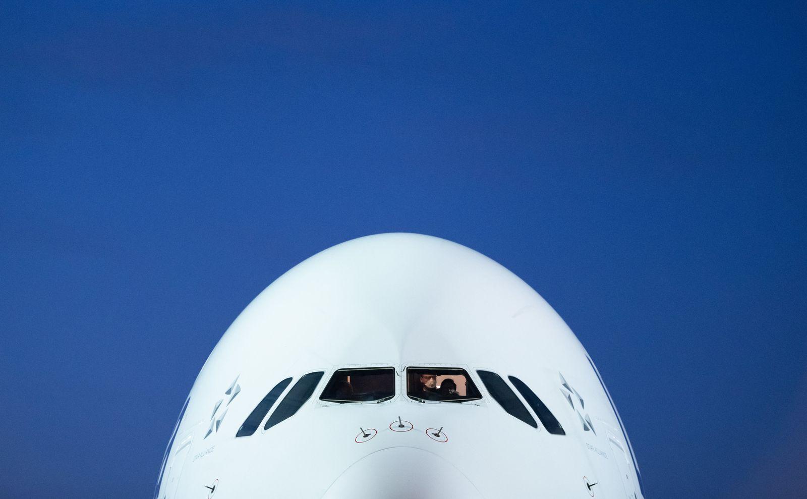 Coronavirus / Lufthansa / Flughafen Frankfurt / Airbus A380