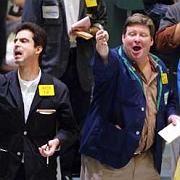 Händler an der New Yorker Terminbörse Nymex: Der Ölpreis ist seit Jahresbeginn um knapp ein Viertel gestiegen.
