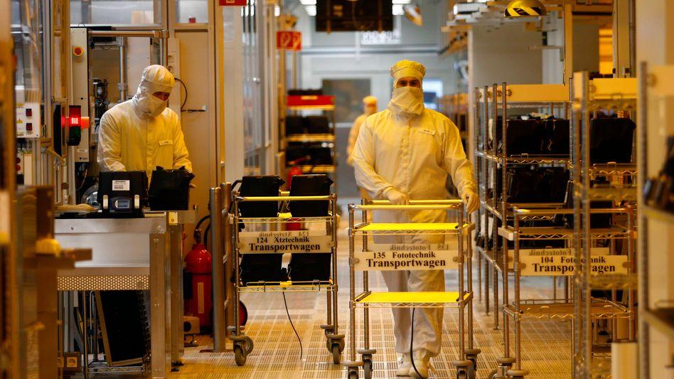 Reinraum bei Infineon: Umsatz plus acht Prozent, Gewinn plus 74 Prozent