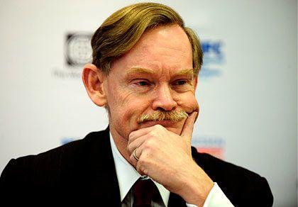 Lob und Tadel: Weltbank-Präsident Zoellick preist die G8, weil sie den freien Fall gestoppt hätten