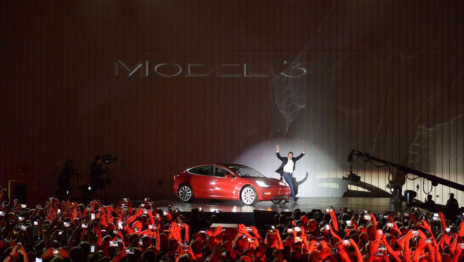 """Tesla-Chef Elon Musk: Rückzug von der Börse als """"bester Weg nach vorne"""""""