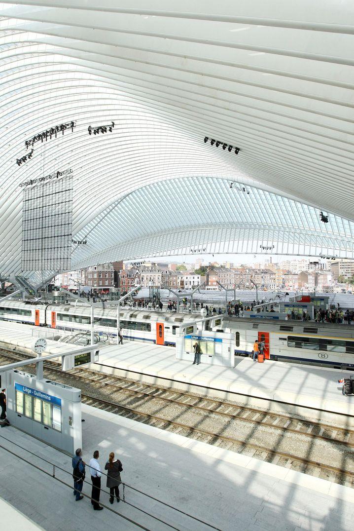 Moderne Architektur: Der erst 2009 wiedereröffnete Bahnhof