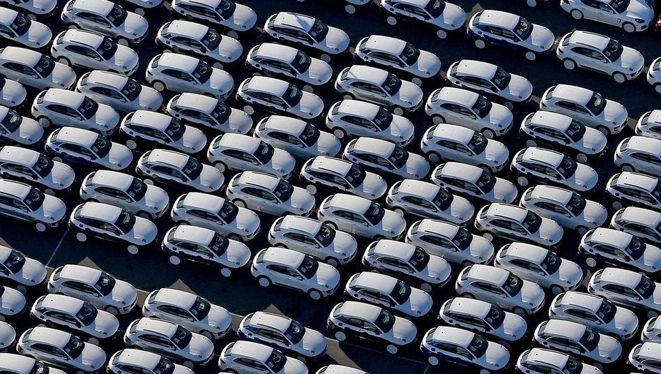 Porsche-Neuwagen in Leipzig: VW und Daimler reduzieren ihre Langfristprognosen deutlich