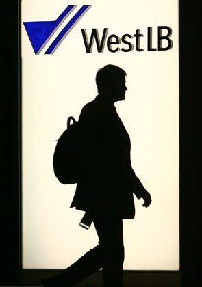 Unklare Zukunft: Schließt sich die WestLB bald mit der LBBW zusammen?