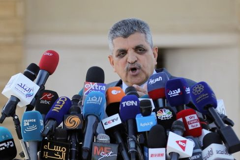 """""""Wir wollen unser Recht"""", sagt Osama Rabie, Chef der Suezkanal-Behörde"""