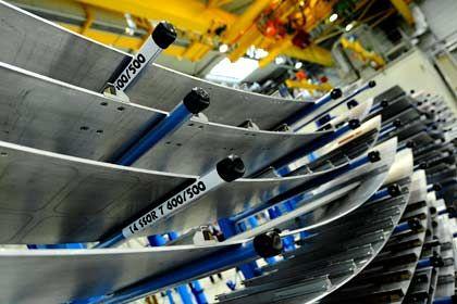 Aluteile von Premium Aerotec: Ursprünglich wollte sich EADS von den Werken in Augsburg, Nordenham und Varel trennen