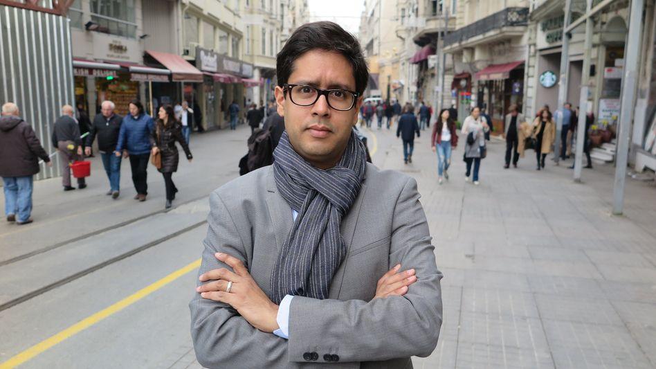 """""""Es sieht so aus, als würden in der Türkei zunehmend ausländische Korrespondenten ins Visier geraten"""": Hasnain Kazim, Türkei-Korrespondent für den """"Spiegel"""" und """"Spiegel""""-Online hat das Land verlassen"""