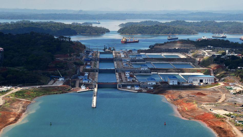 Neuer Panamakanal: Seit der Erweiterung sollen auch Containerriesen durchpassen - eigentlich