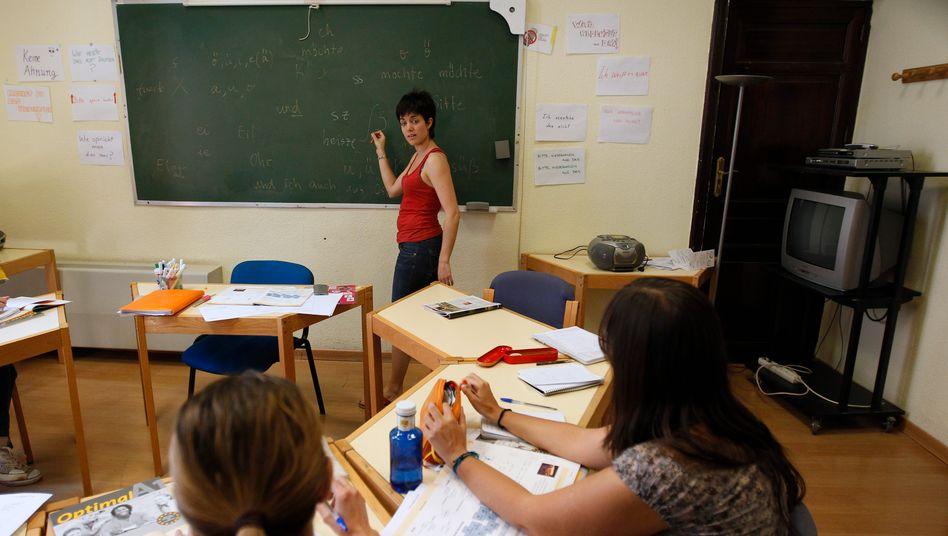 Deutschkurs in Madrid: Spanien investiert massiv in Sprachkurse, um Arbeitssuchenden neue Perspektiven zu eröffnen