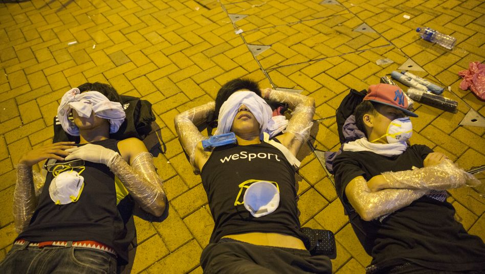 Protestieren macht müde: Reiche Sammler könnten dem Hongkonger Auktionsgeschehen wegen der Demonstrationen fernbleiben