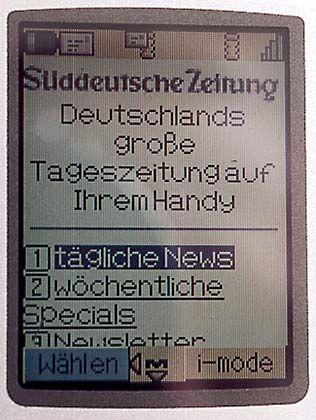 Nachrichten aufs Handy: Der Nutzer braucht teilweise viel Geduld
