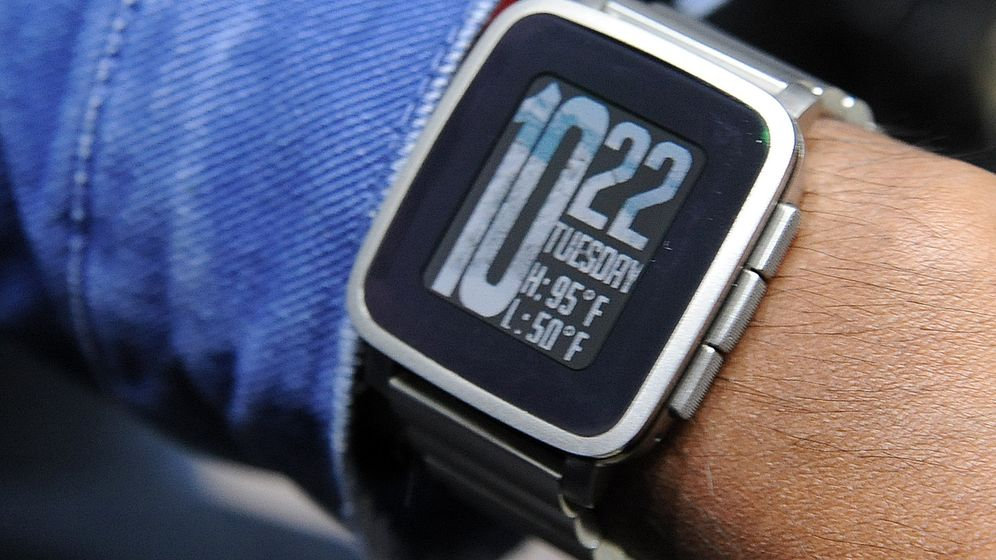 Smartwatches: So tickt die Pebble Time