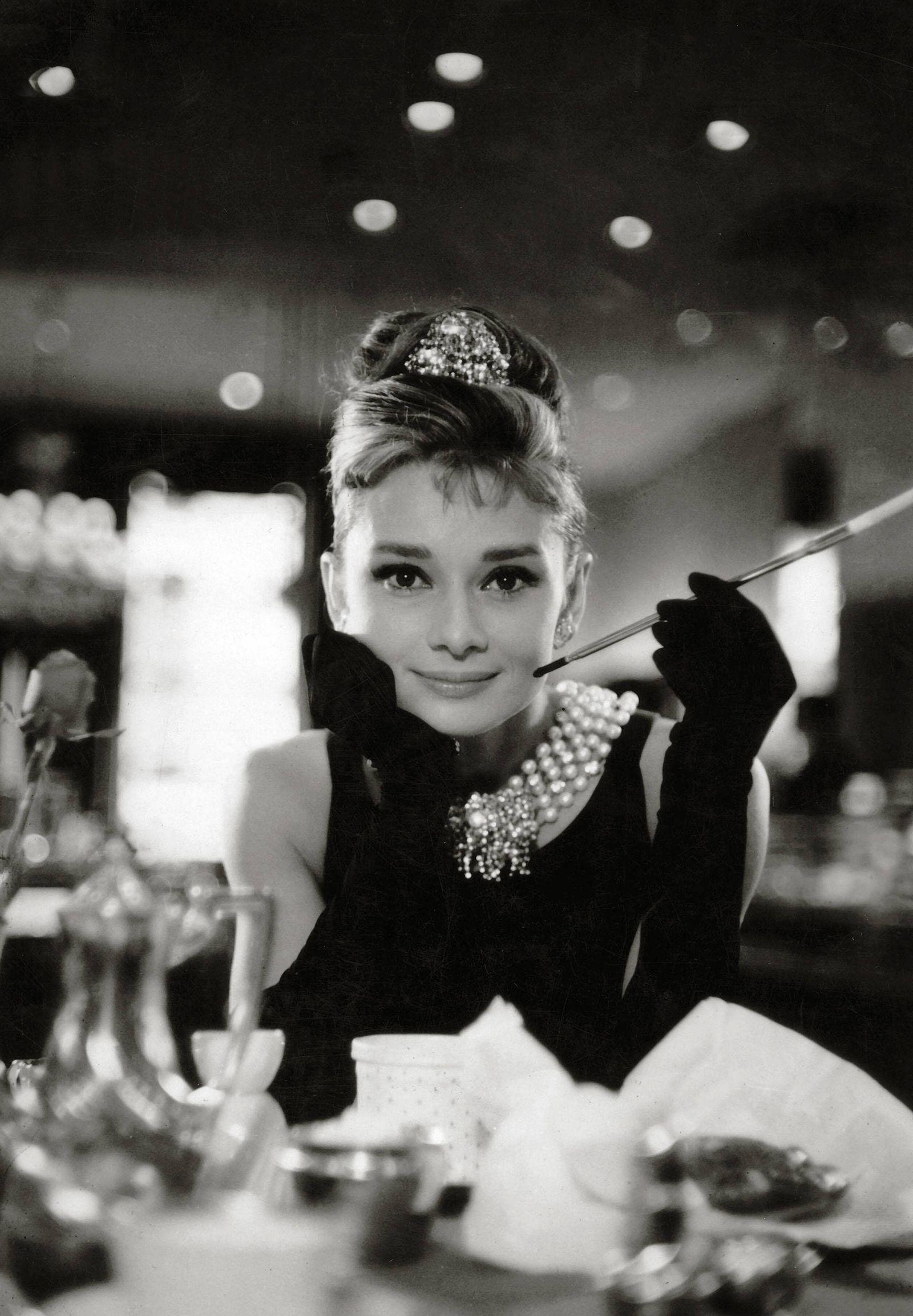 Audrey Hepburn Breakfast at Tiffany s 1961 Paramount PUBLICATIONxINxGERxSUIxAUTxONLY Copyright xHA