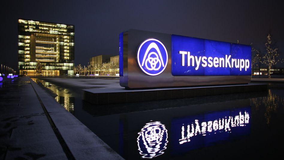 Firmenzentrale in Essen: ThyssenKrupp will weitere Arbeitsplätze aufgeben