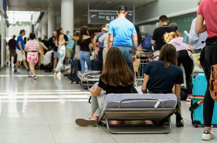 Flugchaos: Im vergangenen Jahr fielen an deutschen Flughäfen sehr viele Flüge aus