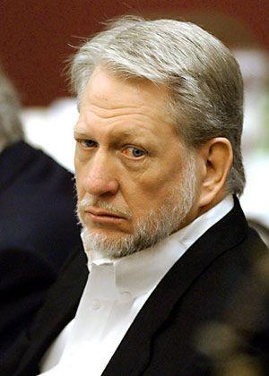 Bernie Ebbers trat im April 2002 von seinem Worldcom-Vorstandsposten zurück