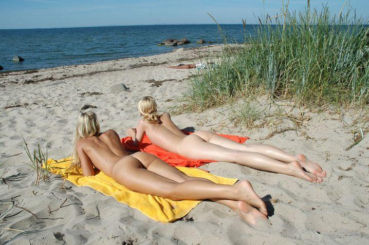 Sonne satt: Im Urlaub gilt es, die Seele baumeln zu lassen. Entsprechend wenig geschieht an der Börse