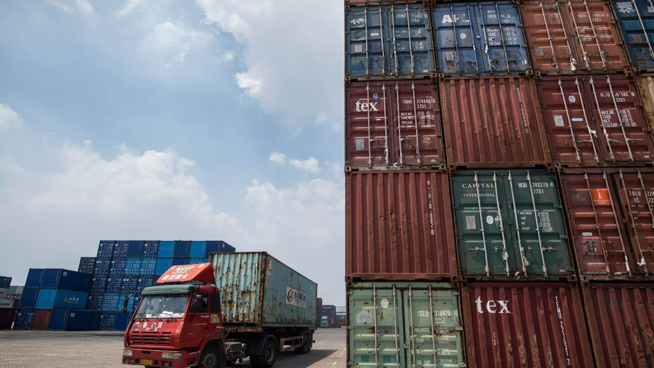Container in China: Tausende Anleger von P&R werden kaum Geld wiedersehen.