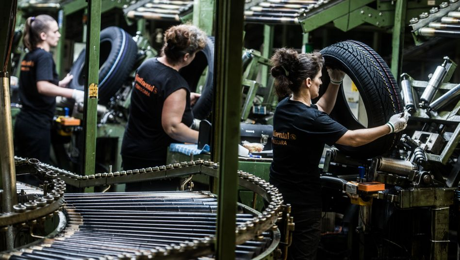Billiges Öl und schwacher Euro stützen: Der Autozulieferer erwartet in diesem Jahr elf Prozent Rendite - und setzt trotz der Probleme von VW und BMW in China weiterhin auf gute Geschäfte in der Volksrepublik