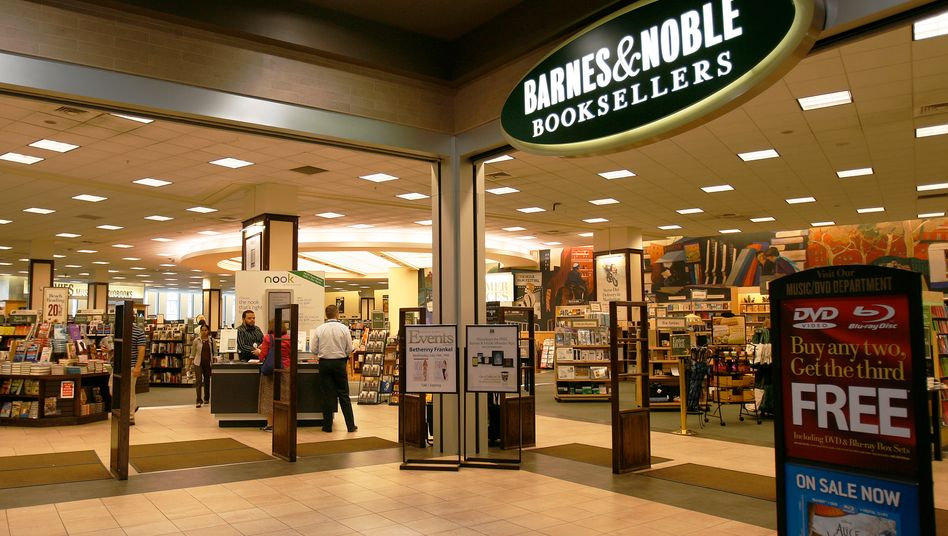 Buchhandelskette Barnes and Noble: Nach der britischen Waterstones greift sich Hedgefonds Elliott den zweiten Buchhändler, der gegen sinkende Umsätze kämpft
