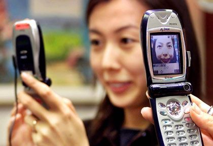 Neue Technologien wie Bildtelefone dürften zunächst nur für moderate Wachstumsraten in der Telekombranche führen