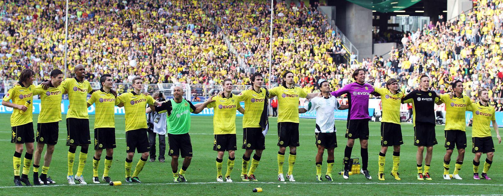 Bundesliga / Borussia Dortmund gewinnt gegen Hannover 96