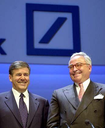 Rolf-E. Breuer und Josef Ackermann: Auch die Auseinandersetzung mit der Vergangenheit hat der alte an den neuen Deutsche-Bank-Chef vererbt