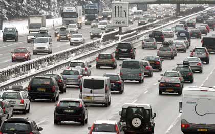 Runter vom Gaspedal:Die SPD fordert eine Tempogrenze von 130 Stundenkilometern auf Deutschlands Autobahnen