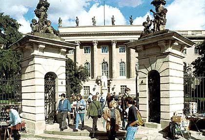Komplimente vom Minister: Humboldt-Uni Berlin