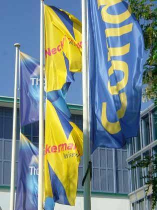 Zentrale von Thomas Cook: Aufspaltung in Condor und Neckermann möglich