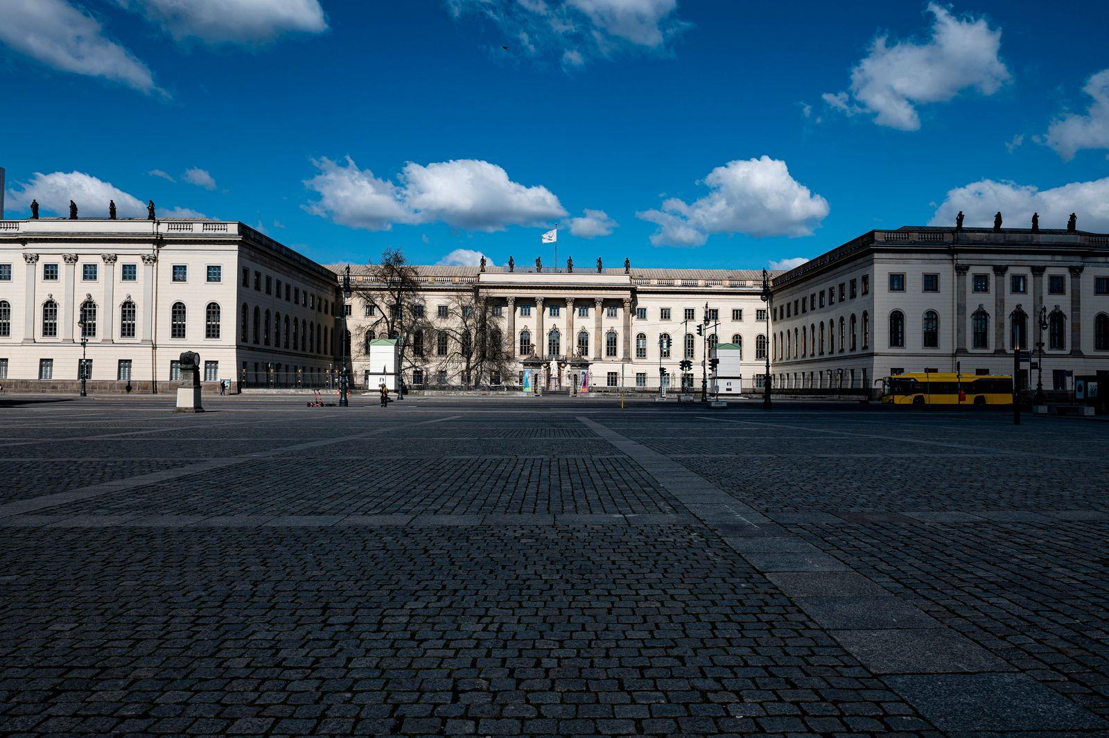 Coronavirus - Berlin Bebelplatz