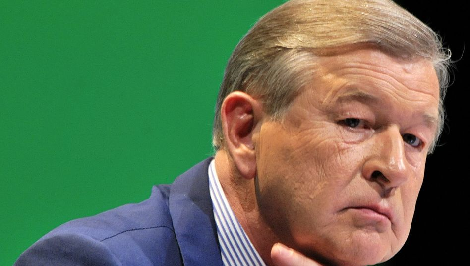 Marcel Ospel: Schweizer Großbank UBS wieder Opfer von fehlgeschlagenen Wertpapiergeschäften