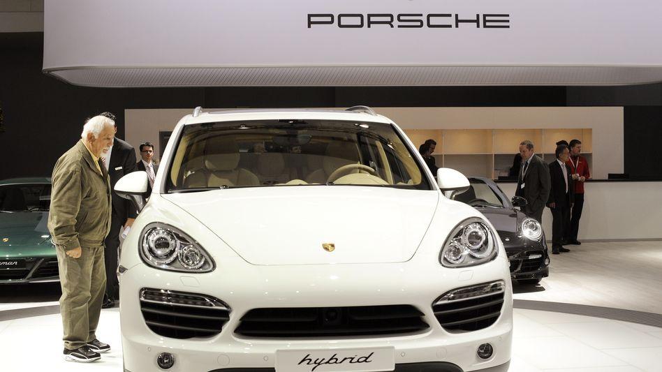 Porsche: Holding steuert auf hohen Jahresgewinn zu