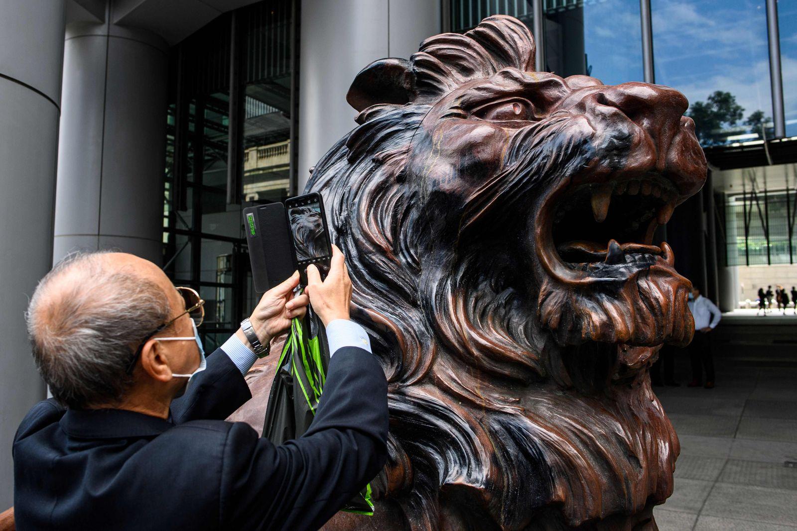 HONG KONG-CHINA-POLITICS-UNREST-HSBC