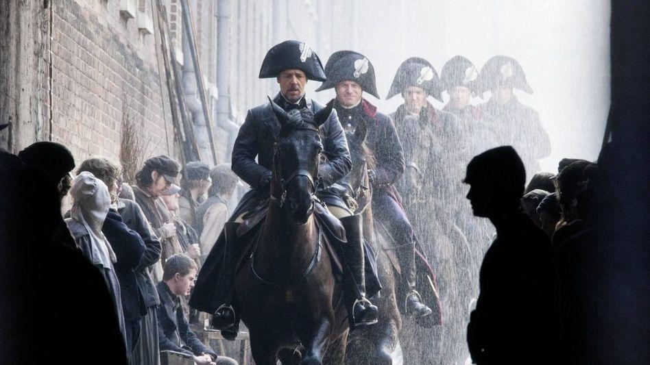 """Tom Hoopers Neuverfilmung von """"Les Misérables"""" wird unter Cineasten sehnlich erwartet. In Deutschland läuft der Film am 3. Januar 2013 an."""